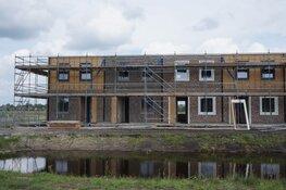 Bouw van 38 nieuwe huurwoningen in de wijk Skoatterwâld Heerenveen vordert