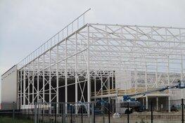 Bouw van blikkenfabriek Ausnutria BV Heerenveen vordert
