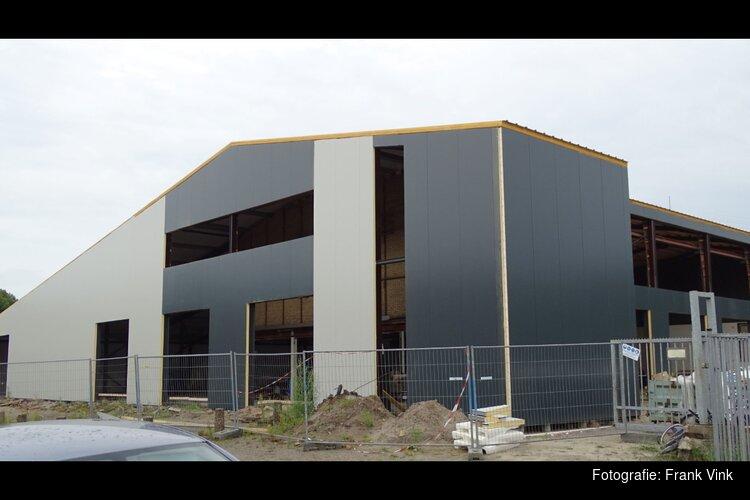 Bouw bedrijfsgebouw aan de Uhlweg in Heerenveen vordert