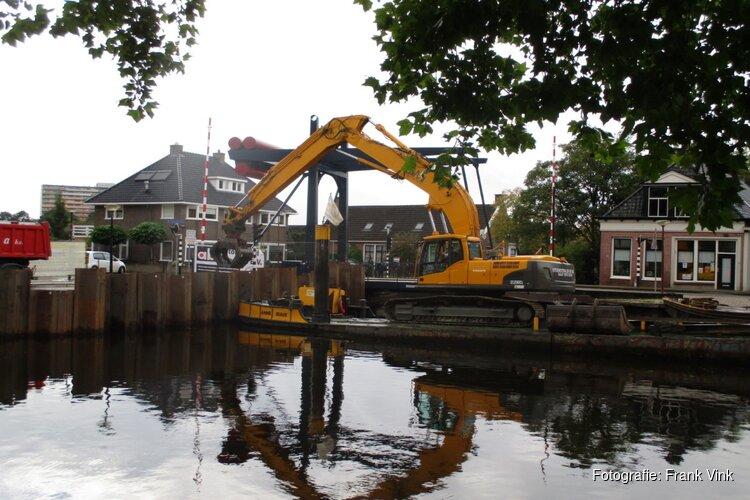 Werkzaamheden kade Breedpad Heerenveen volop bezig!