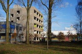 Sloop werkzaamheden oude kantoor gebouw Royal Smilde in Heerenveen bezig!