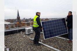 Plaatsing van 160 zonnepanelen op Werkstate