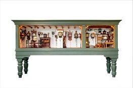 Kom kijken bij deze unieke miniatuurklokkenwinkel in Museum Joure