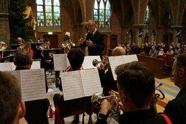 Kerstzangviering R.K kerk Heerenveen trekt veel publiek