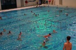 Schoolwaterpolotoernooi Sportstad Heerenveen druk bezocht