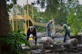 Groenonderhoud bij de Le Roy tuin